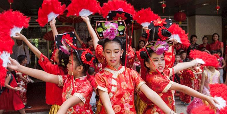 Tionghoa di Indonesia | Data Suku Tionghoa | Enam Dewa