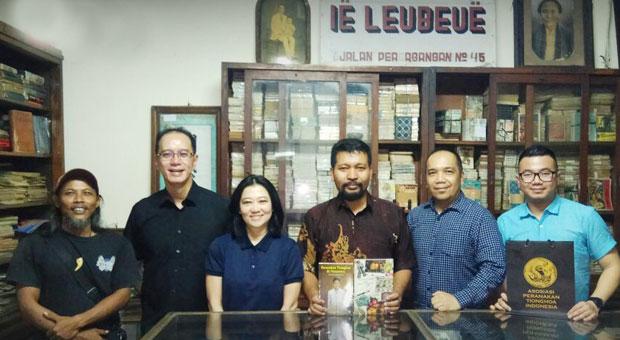 Geliat Toko Obat Tionghoa di Indonesia